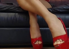 overheated high-heeled shoes desi gurl